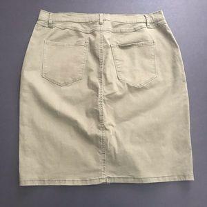 Nine West Skirts - Olive Nine West pencil skirt